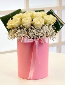 Pembe ve Beyazın Uyumu  çiçek gönder