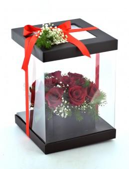Özel Siyah Kutuda 11 Kırmızı Güller  çiçek gönder