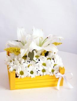 En güzel manzaram Kır Çiçekleri  çiçek gönder