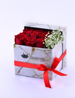 Mermer Desenli Kutuda Kırmızı Güller  çiçek gönder