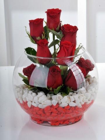 Bu Kürede Aşk Var 9 Kırmızı Gül Aranjmanlar çiçek gönder