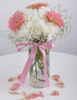 Güzel Şey Seni Sevmek Çiçek Arajmanı  çiçek gönder