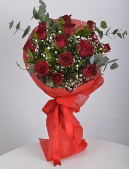 Buket 14 Kırmızı Gül.  çiçek gönder