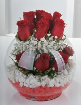 Aşk Masalı 11 Kırmızı Gül  çiçek gönder