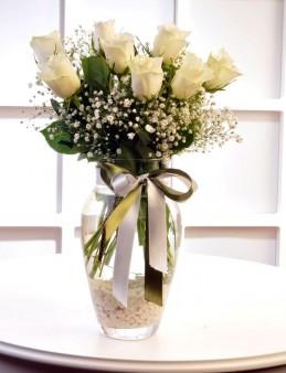 Beyazın Saflığı  çiçek gönder