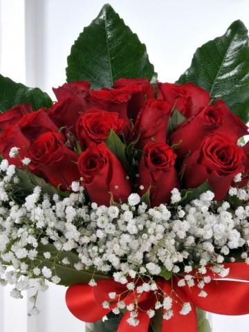 Vazoda 21 Kırmızı Gül Aranjmanlar çiçek gönder