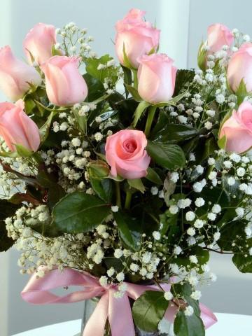Zarafetin 11 Pembe Kelimesi Aranjmanlar çiçek gönder