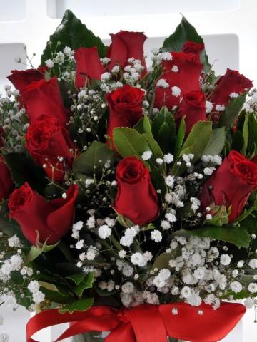 Vazoda 19 Kırmızı Gül Aranjmanı Aranjmanlar çiçek gönder