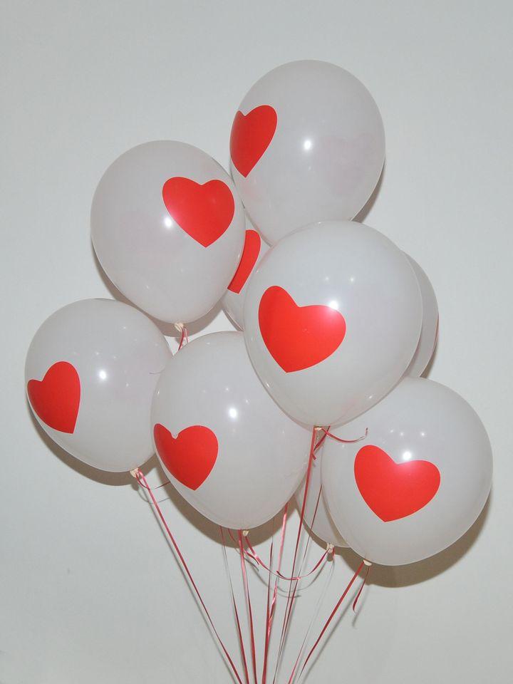 Kalp Desenli Beyaz Balon Buketi  çiçek gönder