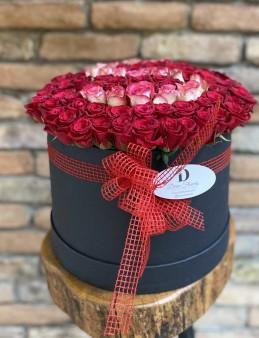 Mega Boy Kutu Çiçek  çiçek gönder