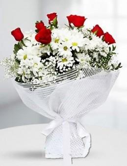 7 Adet Kırmızı Gül ve Papatya Buketi  çiçek gönder