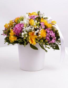 Baharın Sıcaklığı Kır Çiçeği Arajmanı  çiçek gönder