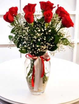 Cam Vazoda 11 Kırmızı Gül  çiçek gönder