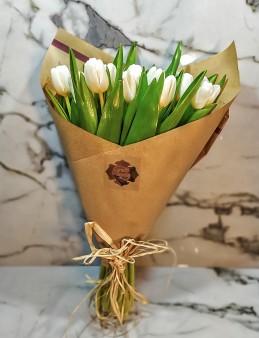 Sade Taptaze Lale  çiçek gönder