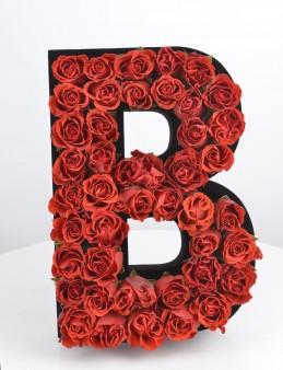Çılgın Aşk Kişiye Özel Kırmızı Güllerden Harf  çiçek gönder