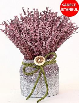 Şık Vazoda Lavanta Bahçesi Aranjmanlar çiçek gönder