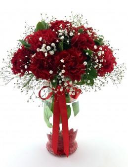 Kadınlar Günü Kırmızı Karanfiller  çiçek gönder