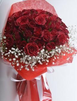 Aşkta Sıcak Bir Esinti 101Adet  Kırmızı Gül Buketi.  çiçek gönder