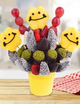 Gülen Meyve Sepeti  çiçek gönder