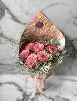 Ebru Sanatlı Pembe Degrade güller (Exclusive Collection)  çiçek gönder