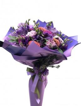 Özel Tasarım El Buketi  çiçek gönder