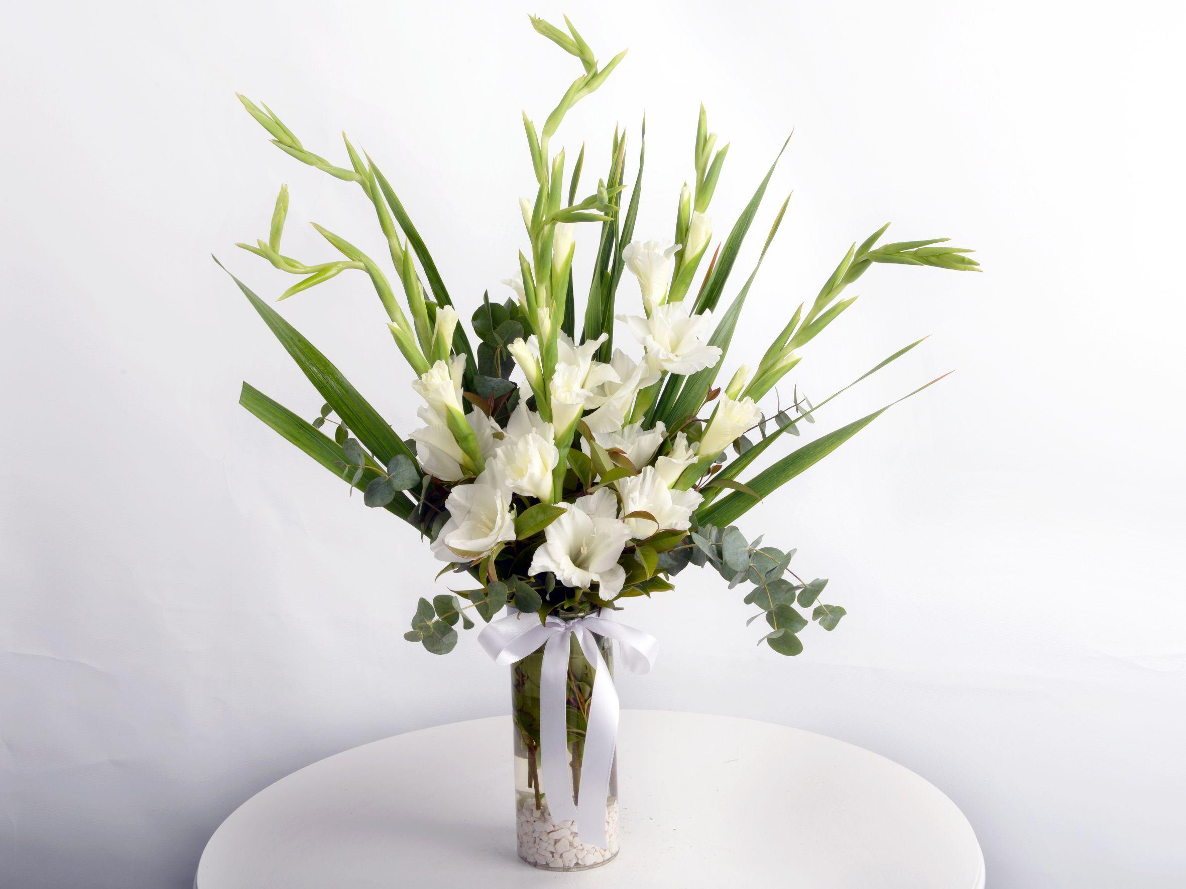 Bir Hatırası Var Geçmişten. Aranjmanlar çiçek gönder