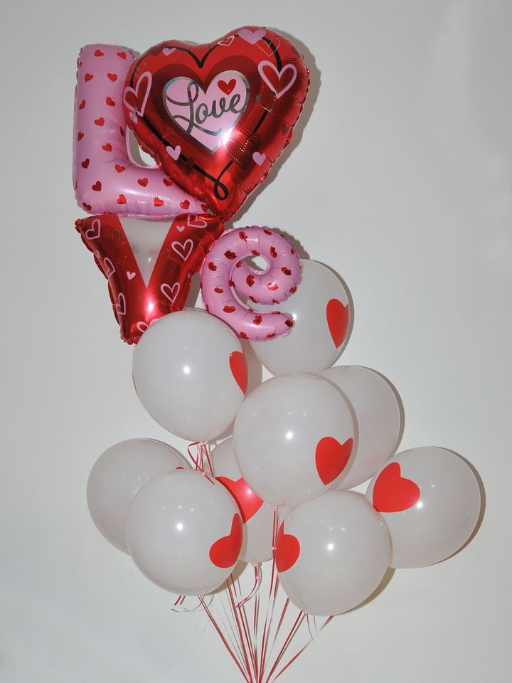 Love Folyolu Uçan Balon ve Kalpli Uçan Balon Buketi  çiçek gönder