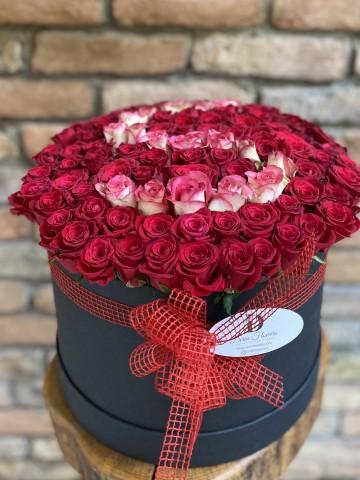 kutu cicek izmir, kutuda harfli çiçek, kutu gül