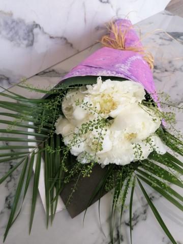 Ebru Sanatlı Princess Peonies Buketler çiçek gönder