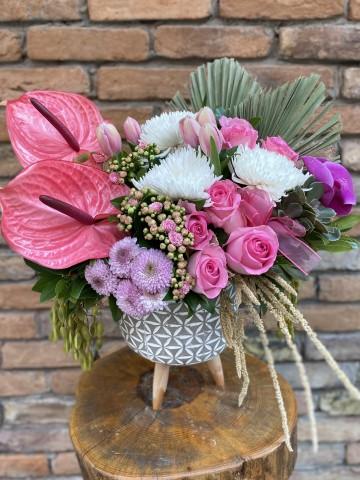 İthal Çiçekli Butik Aranjman Aranjmanlar çiçek gönder