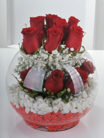 Aşk Masalı 11 Kırmızı Gül Aranjmanlar çiçek gönder