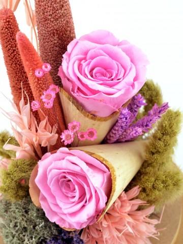 Kapaklı Cam Fanusta Pembe Solmayan Güller Solmayan Güller  çiçek gönder