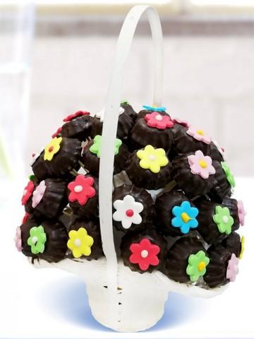 Renk Lezzet Çiçeği Meyve Sepeti ve Çikolatalar çiçek gönder