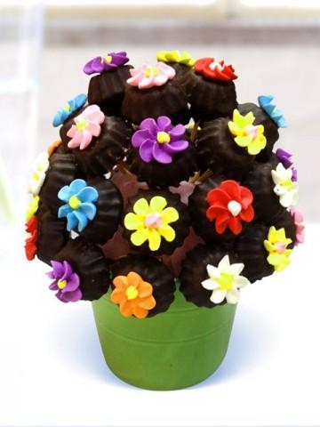Çiçekli Lezzet Kurabiyeleri Meyve Sepeti ve Çikolatalar çiçek gönder