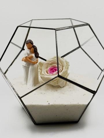 Geometrik Teraryum Beyaz Gül Canım Sevgilim  Solmayan Güller  çiçek gönder
