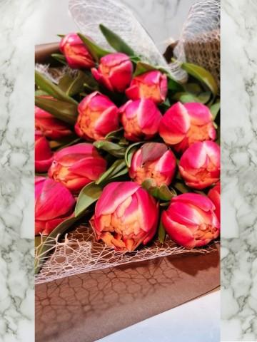 Muhteşem Lale Buketler çiçek gönder