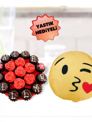 Çikolata Tadında Meyve Sepeti ve Çikolatalar çiçek gönder