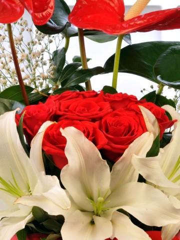 Kalbimin İçi  Aranjmanlar çiçek gönder