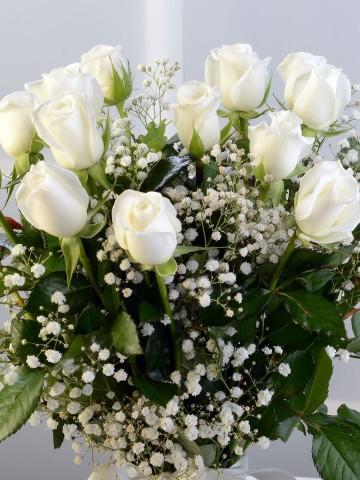 Amfora Camda 15 Adet Beyaz Gül Aranjmanlar çiçek gönder