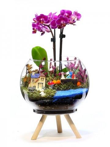Üç Ayaklı Tasarım Vazoda Mini Orkide  Orkideler çiçek gönder