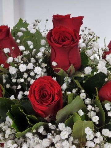 Sihirli Küre 7 Kırmızı Gül Arajmanı Aranjmanlar çiçek gönder