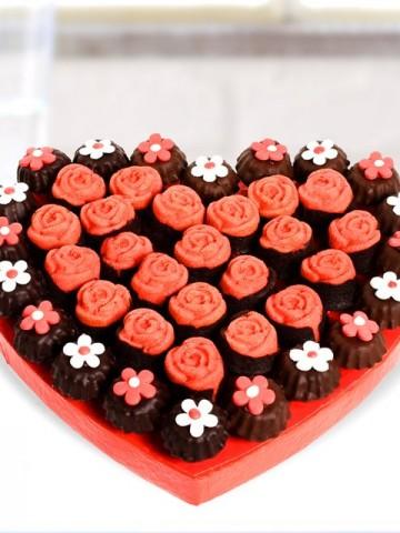 Kek Kurabiye Lezzetleri Meyve Sepeti ve Çikolatalar çiçek gönder
