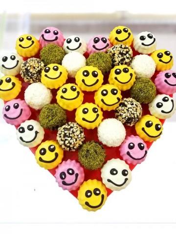 Gülen Çikolatalar Meyve Sepeti ve Çikolatalar çiçek gönder