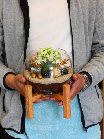 Ahşap Ayaklı Kalanchoe ve Teraryum Terarium çiçek gönder