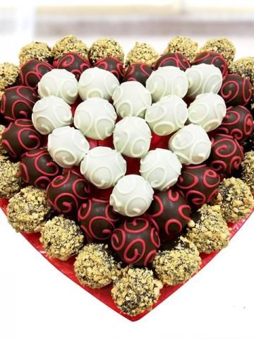 Truf Heart Meyve Sepeti ve Çikolatalar çiçek gönder