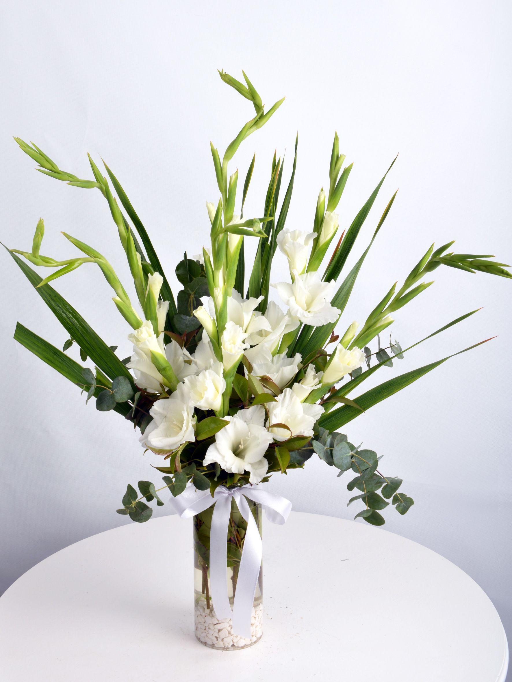 Bir Hatırası Var Geçmişten.  çiçek gönder