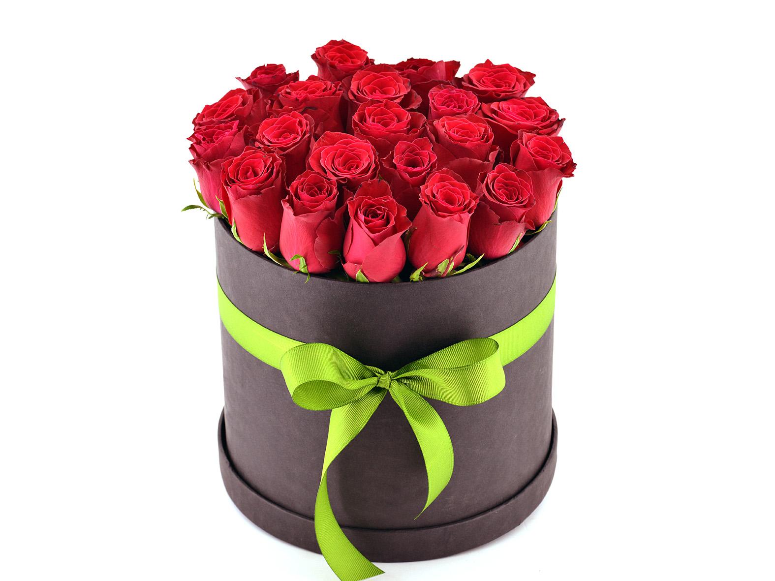 Siyah  Kutuda 21 Adet Kırmızı Gül  Aranjmanlar çiçek gönder