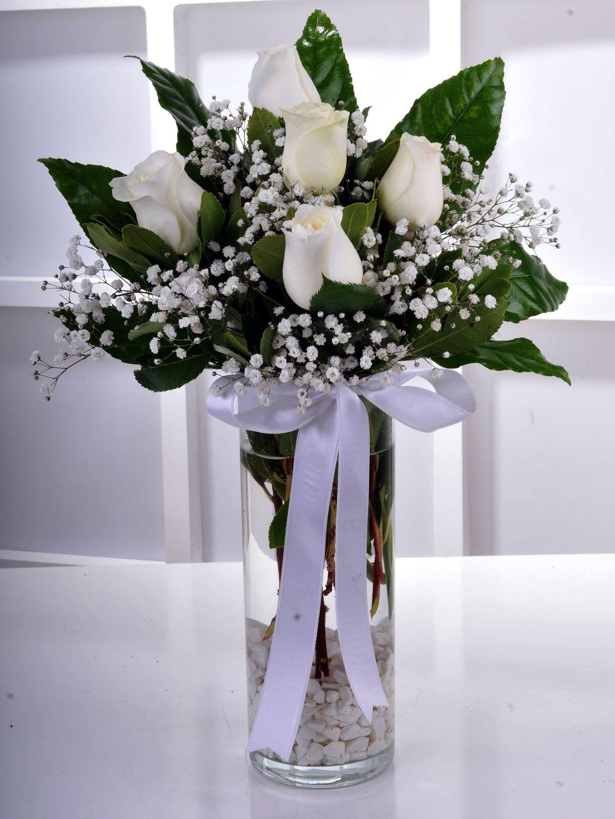 Gülen Gözler Camda 5 Beyaz Gül  çiçek gönder
