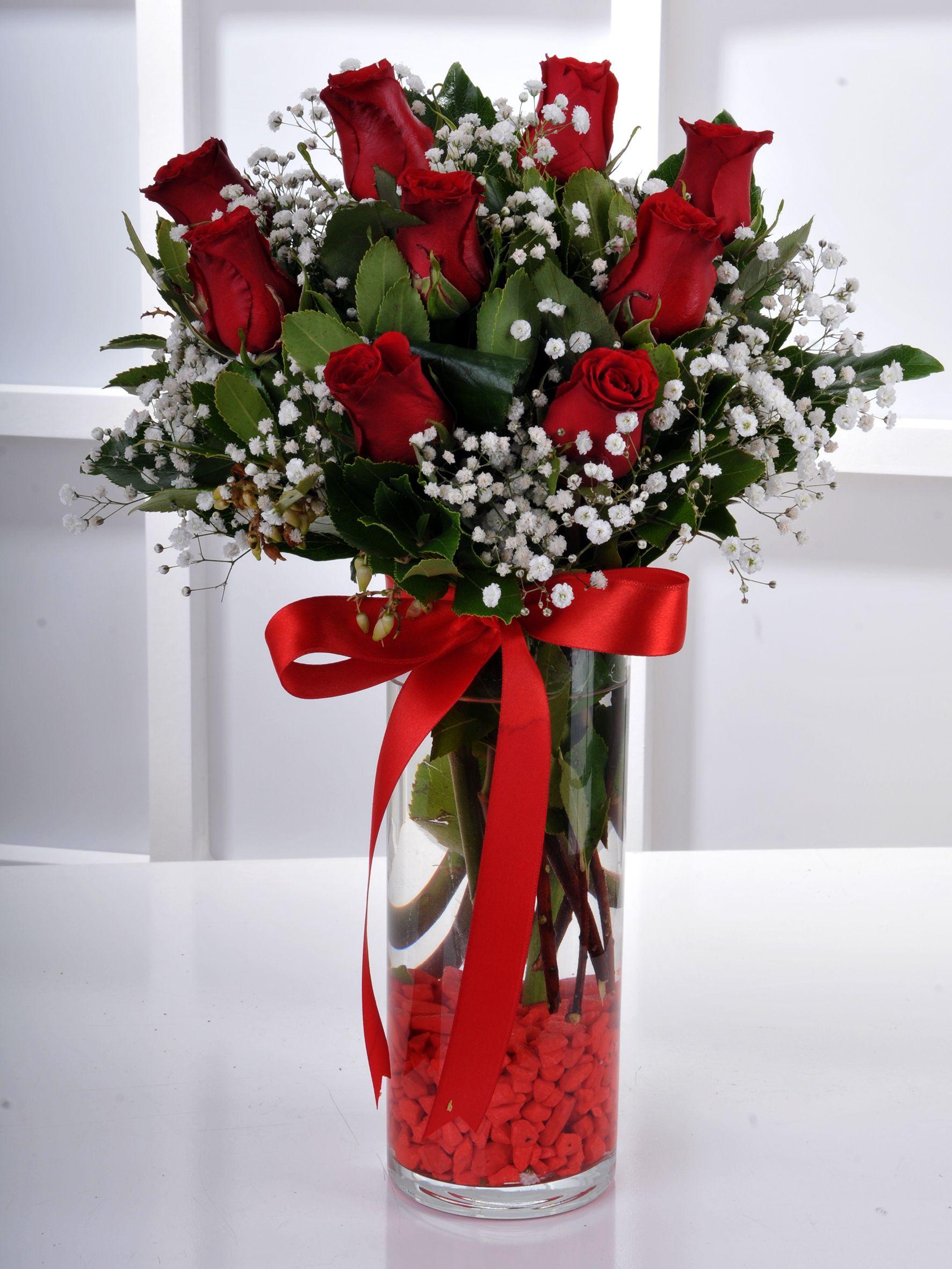 Vazoda 9 Kırmızı Gül Arajmanı.. Aranjmanlar çiçek gönder