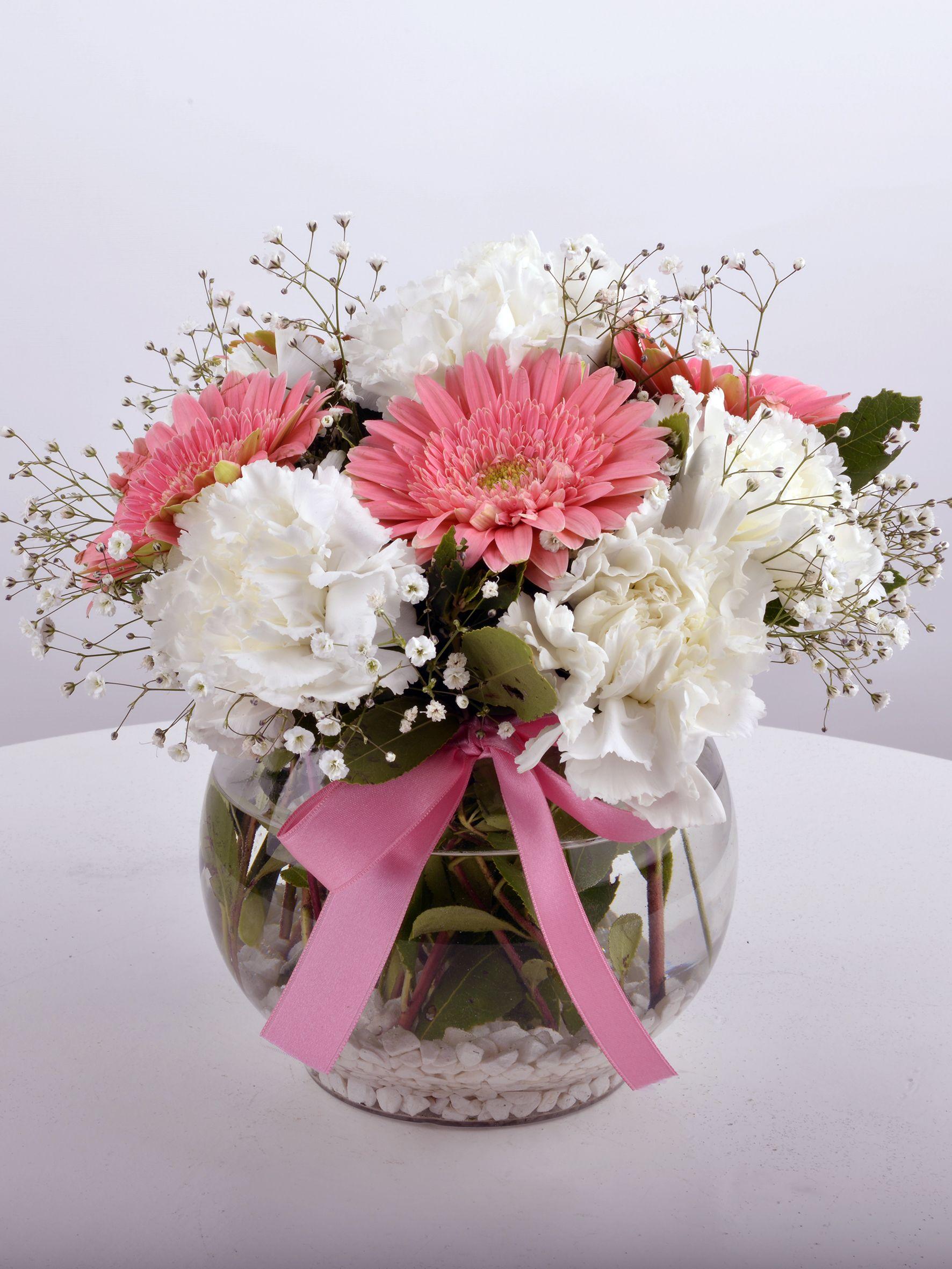 Akvaryumda Beyaz Karanfil ve Pembe Gerberalar  çiçek gönder